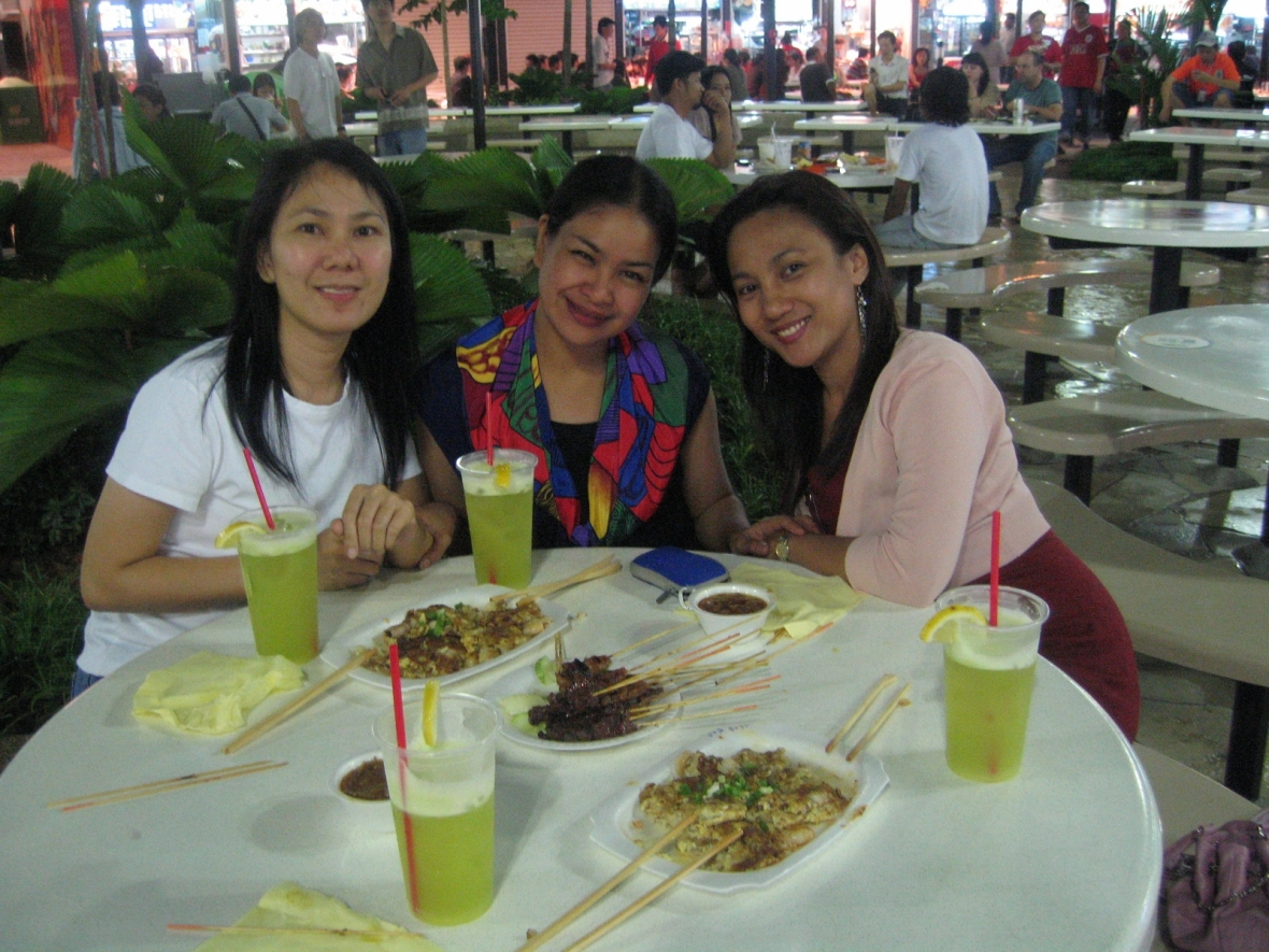 With 2 of my closest friends! Malet n Jayne!