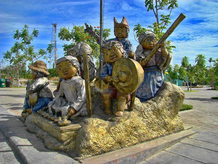 800px-People's_Park,_Davao_City