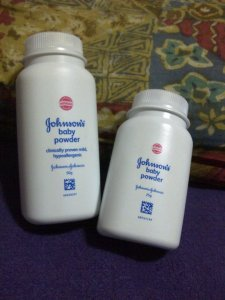 Johnson & Johnson's Baby Powder..