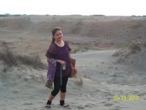 Waiting for the sun to set in Ilocos San dunes...