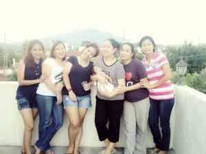 Chel, Anna, Thez, Jho and Essie... love you always my sissys! <3 <3 <3