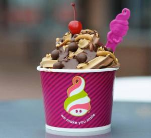 Menchie's from Cali, USA