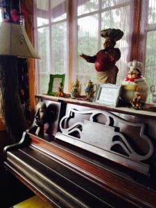 The piano..