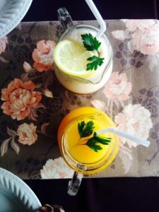 Fresh mango juice and home-made iced tea!