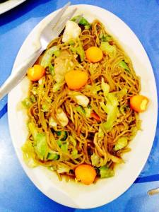 Pancit is a tradition for Pinoys during birthdays.. so we ordered for one..