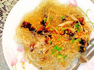 Pancit sotanghon for Tere's long & prosperous life! (--,)