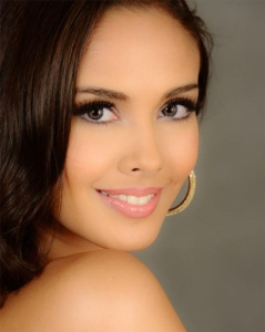 Megan Young as Miss World 2013. Courtesy of: www.missosology.org