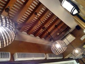 Attractive ceiling fixtures..